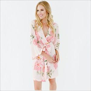 Plum Pretty Sugar Knee Length Kimono Robe